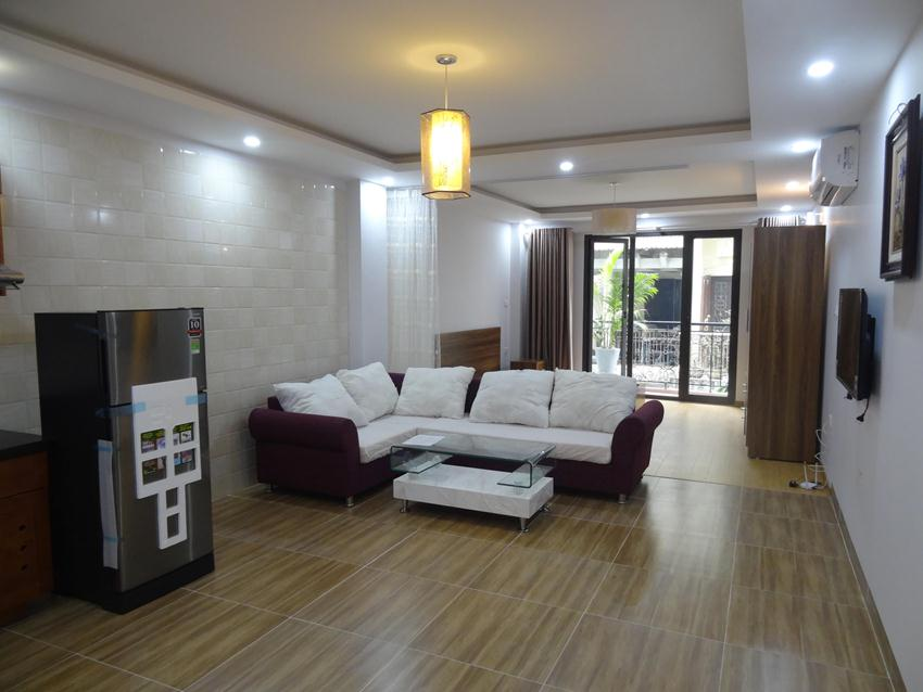 Cozy and new apartment for rent in Hoang Cau