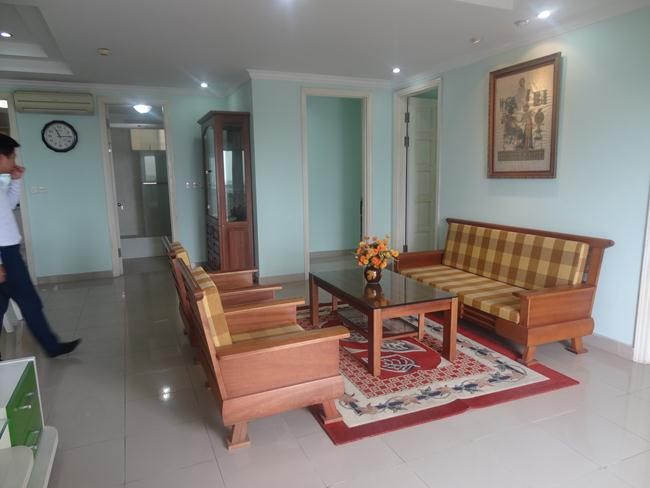 Elegant apartment in E building, Ciputra