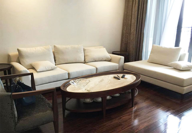 Elegant apartment in R 6 Royal City for rent