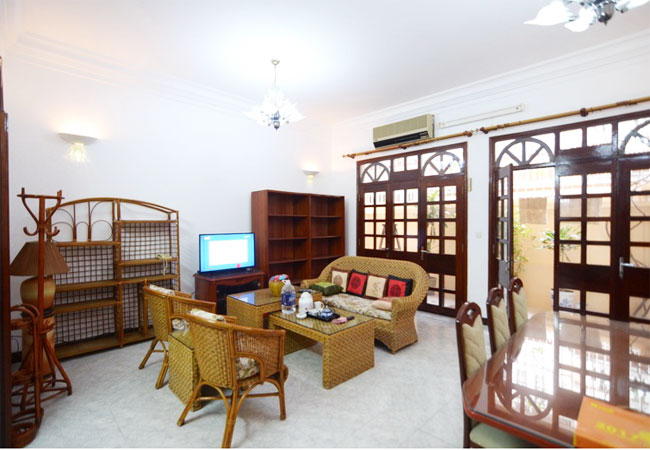 Fully furnished 3 bedroom house in Doi Can