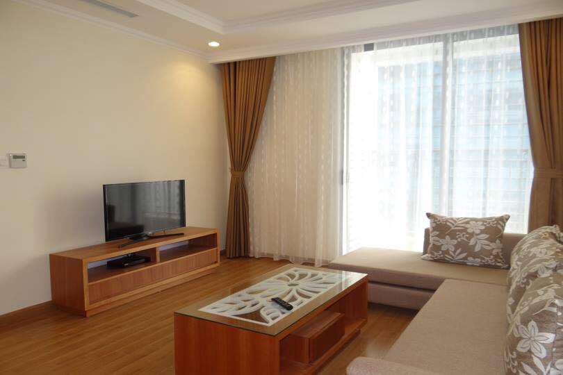 Fully furnished apartment in high floor of Vinhomes Nguyen Chi Thanh