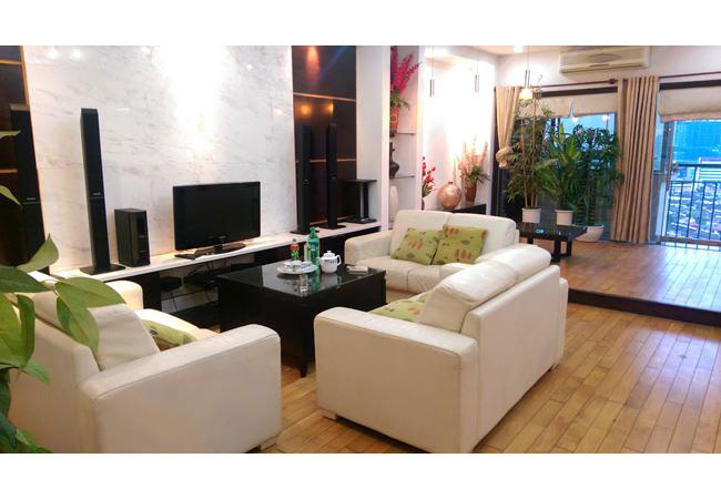 Fully furnished apartment in Thanh Cong Tower 57 Lang Ha