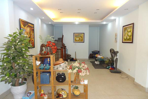 Fully furnished house in Kham Thien for rent