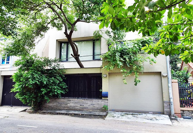 Gorgeous large house for rent in Vuon Dao urban