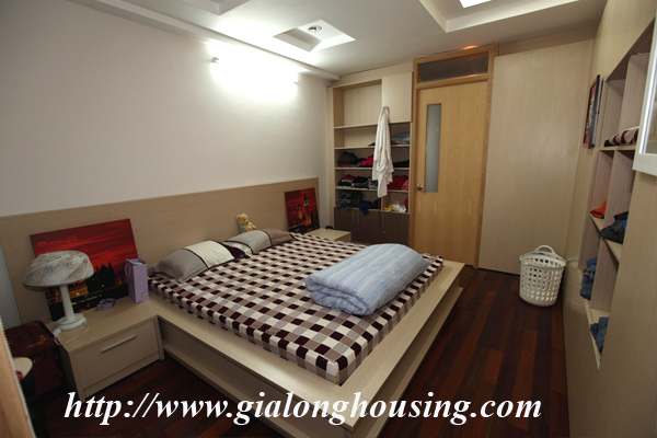 High Floor Apartment For Rent With 1 Bedroom Elevator In