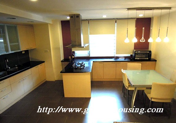 House for rent in Le Thanh Tong street,Hoan kiem hanoi 3