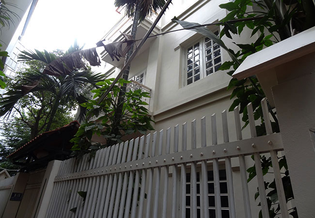 House in quiet lane of Dang Thai Mai street for rent