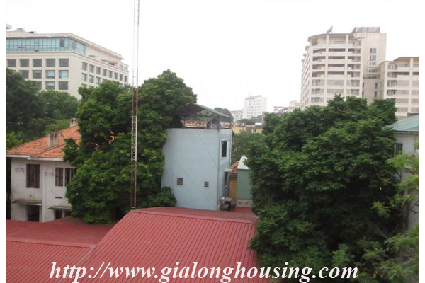House with 04 floors in Le Thanh Tong street 14