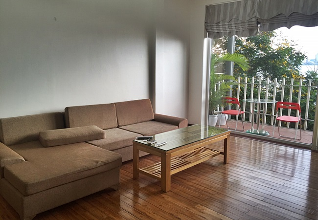 Lake front brand new apartment in Yen Phu for rent