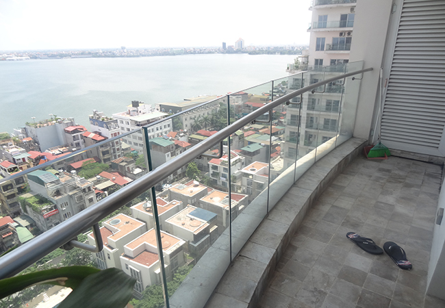 Lake view apartment at W building, Golden Westlake