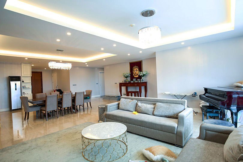 Luxurious golf court view apartment in L building, Ciputra
