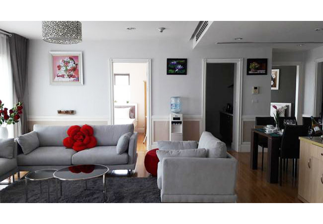 Modern fully furnished apartment in Golden Westlake for rent