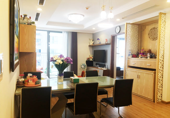 Modern furnished 2 bedroom apartment for rent in Park Hill