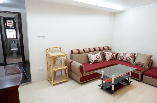 New apartment near Hoang Cau lake, Dong Da district, just $400
