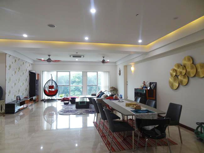 Nice and big apartment for rent in low floor in Ciputra, L building