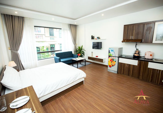 Nice apartment for rent in Nguyen Phong sac street, Cau Giay district