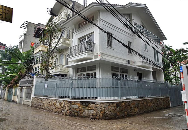 Nice house for rent in Dang Thai Mai street, Tay Ho district