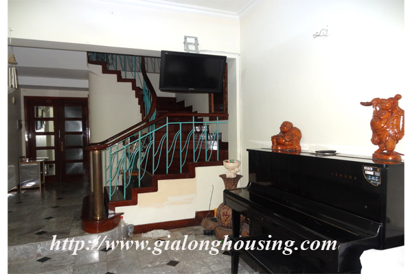 Park view house for rent in Hai Ba Trung district 3