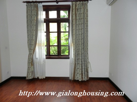 Partly furnished villa for rent in Ciputra 10