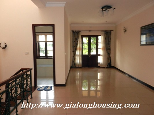 Partly furnished villa for rent in Ciputra 16