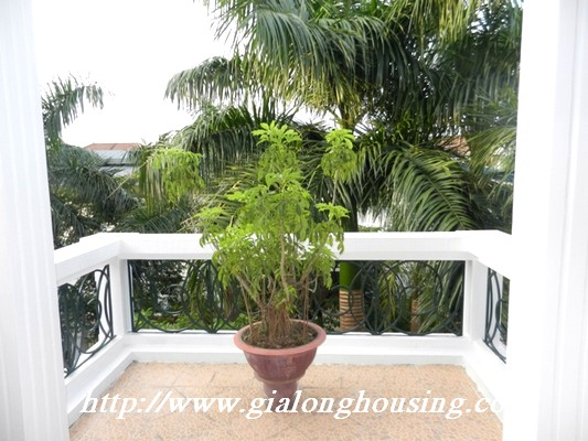Partly furnished villa for rent in Ciputra 19