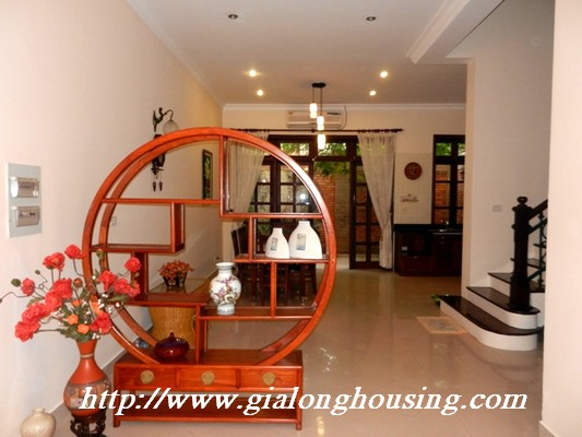 Partly furnished villa for rent in Ciputra 2