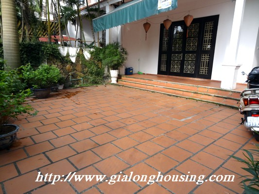 Partly house for rent in Nghi Tam Village 1