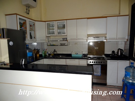 Partly house for rent in Nghi Tam Village 5