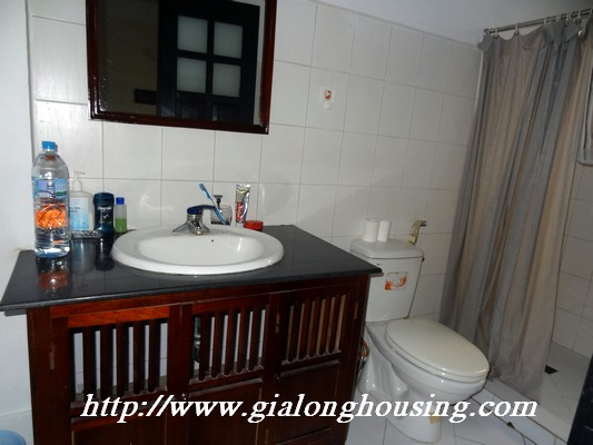 Partly house for rent in Nghi Tam Village 8