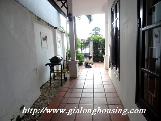 Partly house for rent in Nghi Tam Village 2