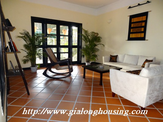 Partly house for rent in Nghi Tam Village 3