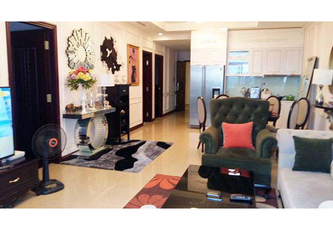 R4 nice apartment for rent with 3 bedrooms, Royal City
