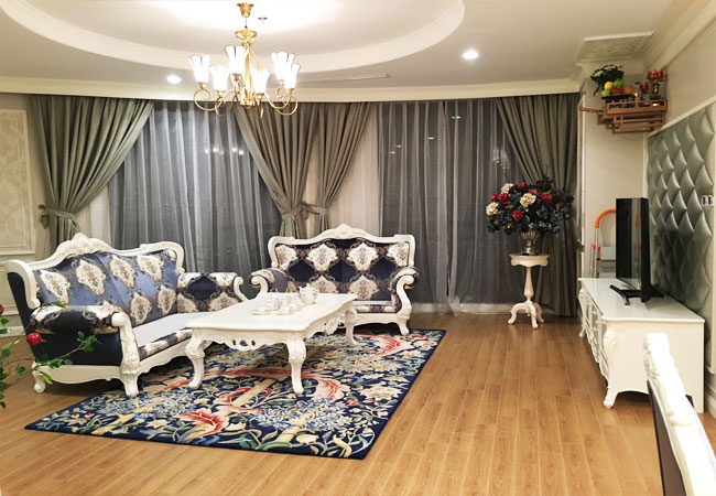Royal City Luxury 3 bedroom apartment, very well equipped, 150m2