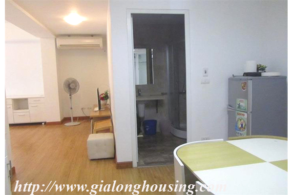 Serived apartment in Lang Ha for rent with 02 bedrooms 1