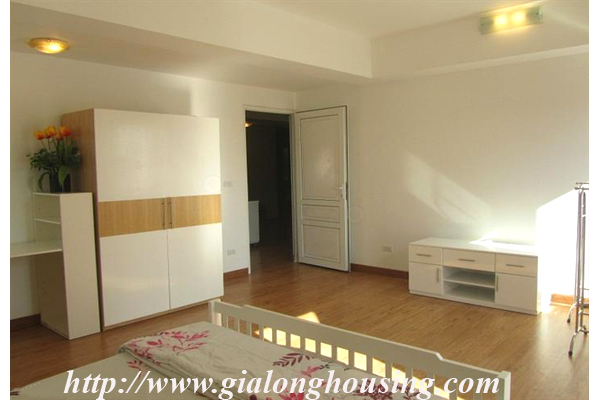 Serived apartment in Lang Ha for rent with 02 bedrooms 10