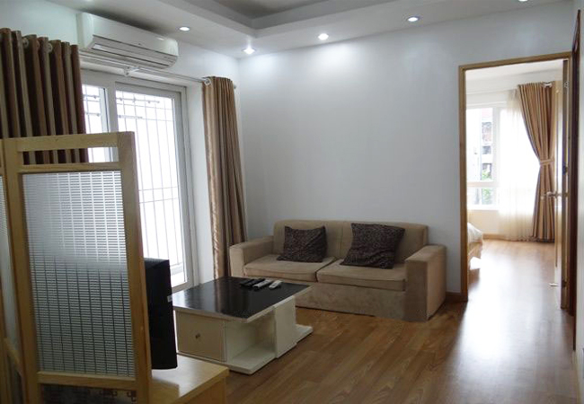 Serviced apartment with 02 bedroom in Dao Tan street
