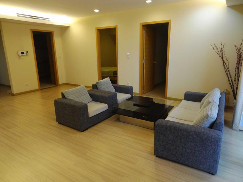 Sky City 3 bedroom apartment for rent