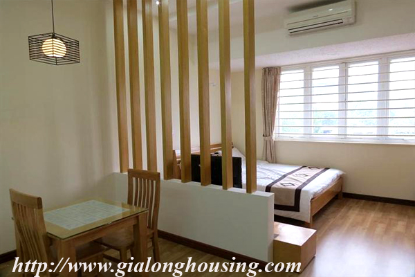 Studio apartment for rent in Lang Ha street,Dong Da district 2