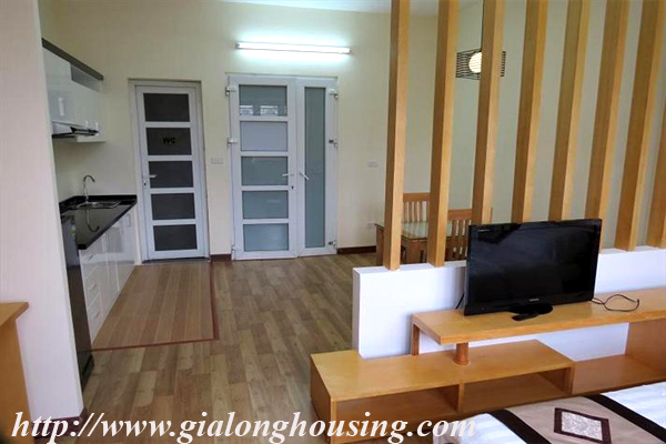Studio apartment for rent in Lang Ha street,Dong Da district 4