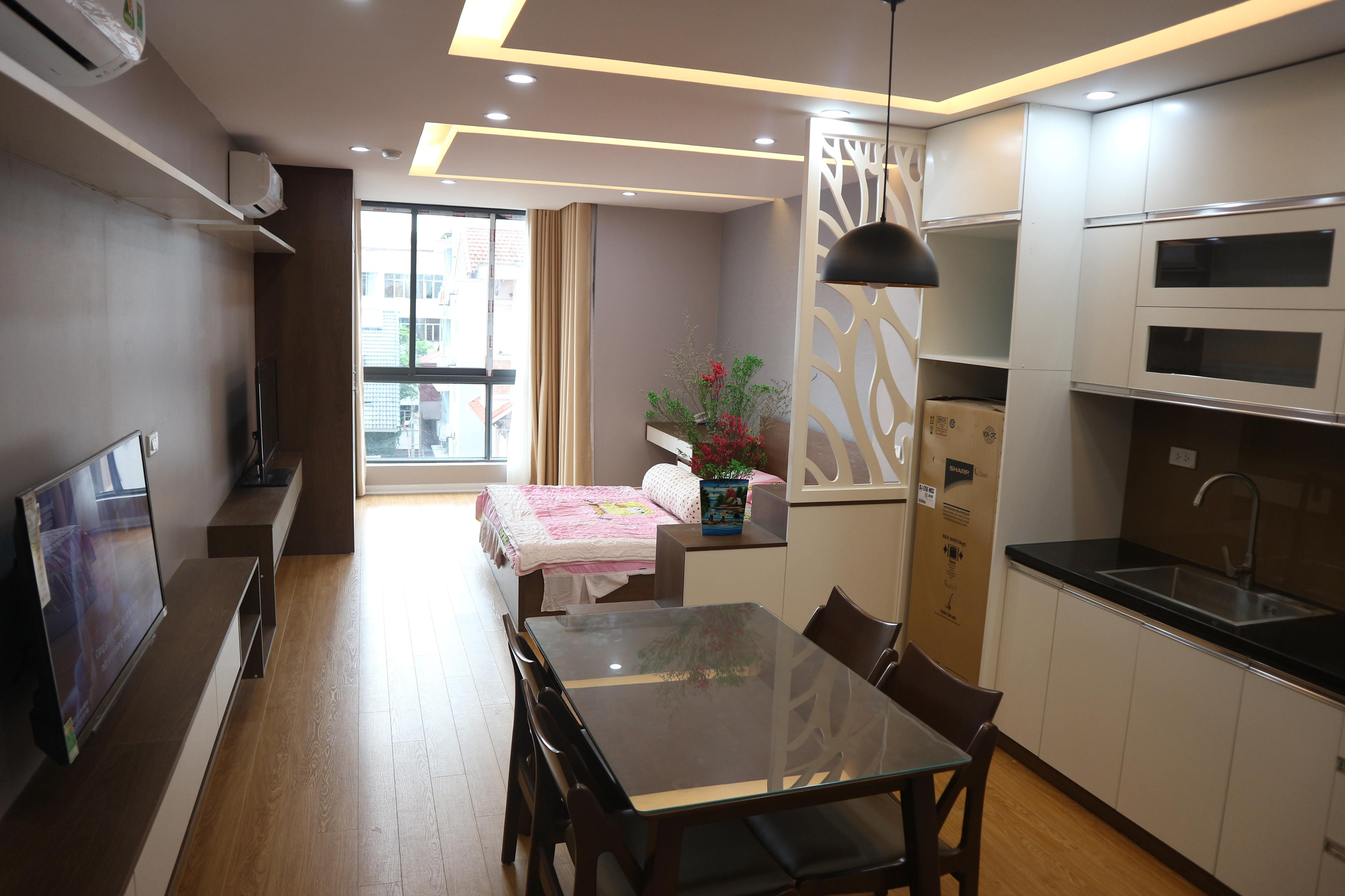 Studio apartment for rent near Lotte, Linh Lang street