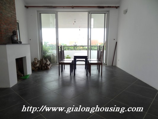 Tay Ho nice house for rent 11