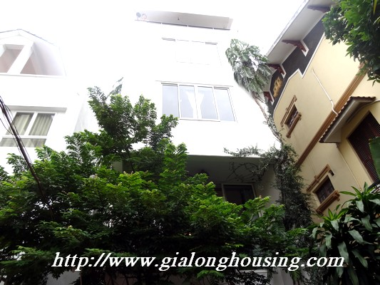Tay Ho nice house for rent 15