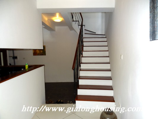 Tay Ho nice house for rent 2