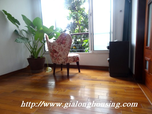Tay Ho nice house for rent 5