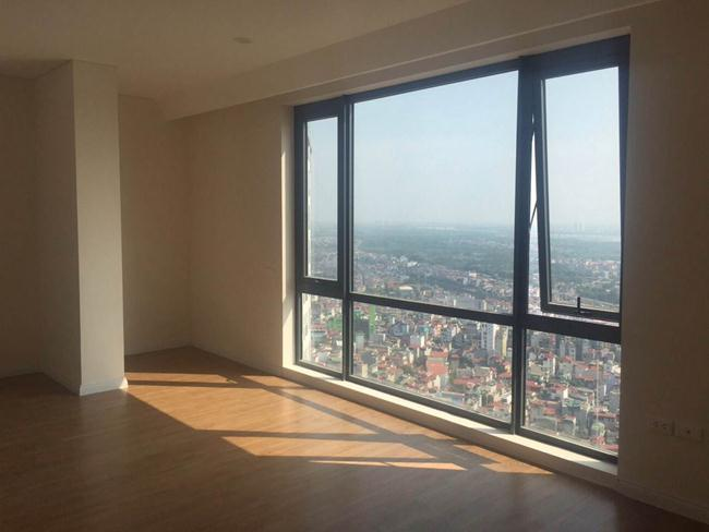 Three bedroom apartment for rent in MIPEC Long Bien