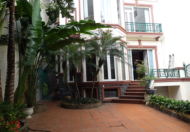 Unfurnished nice house in To Ngoc Van for rent