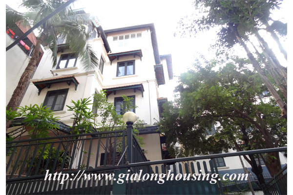 Villa for rent with large garden and yard in Tay Ho, Hanoi 1