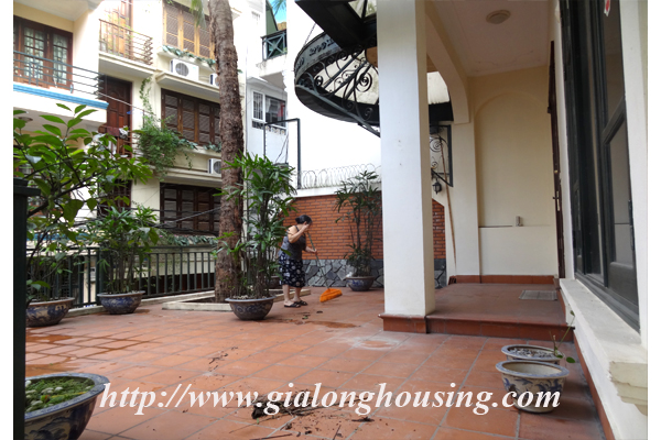 Villa for rent with large garden and yard in Tay Ho, Hanoi 3