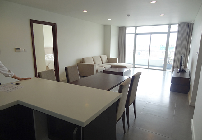 Watermark lake view apartment for rent, Lac Long Quan